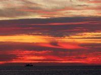 """""""Vamaia"""", noua zona turistica ce prinde contur la malul Marii Negre. Are salbaticia neatinsa din ce era odata Vama Veche, iar plajele, de cinci stele. Preturile, mai mici cu 20% fata de Mamaia"""