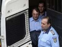Mircea Basescu si Marian Capatana, trimisi in judecata in dosarul Bercea Mondial. Fratele presedintelui, acuzat ca ar fi primit 250.000 euro mita