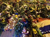 Canada denunta o responsabilitate rusa, in urma prabusirii zborului MH17 in Ucraina. Obama avertizeaza impotriva disparitiei probelor de la locul tragediei. Olanda este in doliu