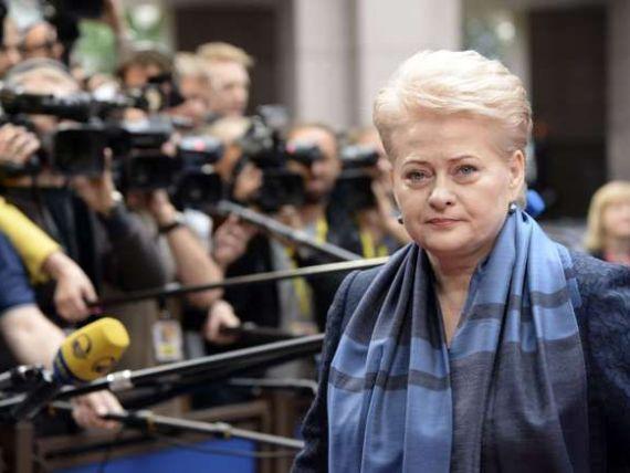 Lituania avertizeaza impotriva unei  mistralizari  a politicii UE. Franta, criticata pentru vanzarea navelor Mistral, Rusiei, pentru 1 mld. euro. SUA: Nimeni nu ar trebui sa-i furnizeze arme. E o chestiune de bun simt