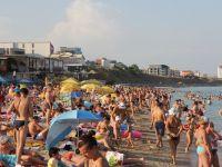 Cel mai aglomerat weekend de pe litoralul romanesc: aproape 100.000 de turisti au fost la mare la sfarsitul saptamanii trecute