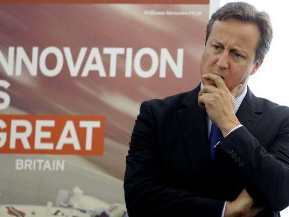 Marea Britanie impune noi reguli de acordare a ajutoarelor sociale pentru imigrantii din UE. Cameron vrea sa reduca numarul strainilor veniti in Regat sub 100.000 de persoane pe an