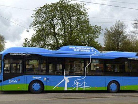 Adio benzina! Suedia testeaza primele sosele electrice pe care autobuzele se vor incarca in mers