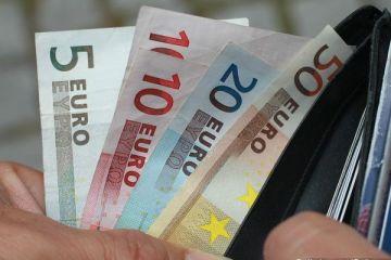 Domeniul in care romanii sunt premiantii Europei. 1 mld. de oameni beneficiaza de produsele lor, iar la buget au adus peste 1,4 mld. euro. Salariile, pe locul 3 ca marime in Romania