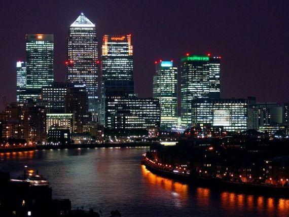 Preturile locuintelor din Londra scad pentru prima oara in aproape doi ani