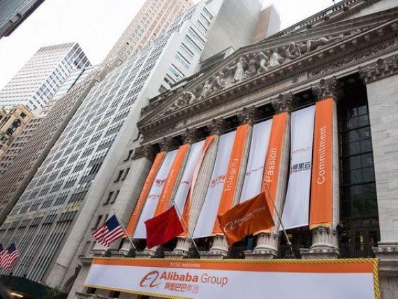 Listarea secolului la New York. Alibaba a atras 21,8 mld. dolari, cea mai mare suma obtinuta vreodata de o companie pe bursa americana. Capitalizarea grupului: 227,9 mld. dolari. A depasit Facebook