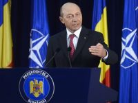 """Traian Basescu: """"UE, singura optiune viabila ca Romania sa ajunga la prosperitate. Ii predau lui Iohannis o tara care indeplineste toate criteriile pentru a intra in zona euro"""""""