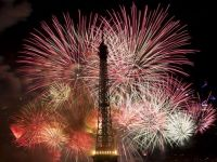 Franta reduce prognoza de crestere economica la 0,4% in 2014 si anunta ca va rata tinta de deficit. Bruxelles-ul ii cere sa scada cheltuielie bugetare