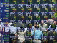 Moody's a scazut ratingul Japoniei, cea mai indatorata economie dintre tarile dezvoltate. Datoria publica depaseste de doua ori valoarea PIB-ului