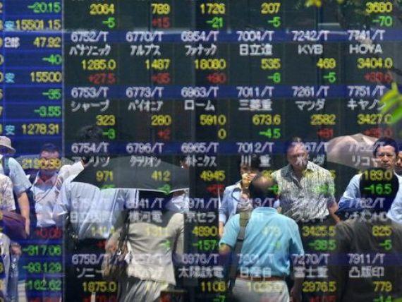 Moody s a scazut ratingul Japoniei, cea mai indatorata economie dintre tarile dezvoltate. Datoria publica depaseste de doua ori valoarea PIB-ului