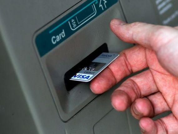 Romanii au inceput sa-si plateasca taxele si impozitele locale cu cardul. Numarul tranzactiilor, in crestere cu 22% fata de anul trecut