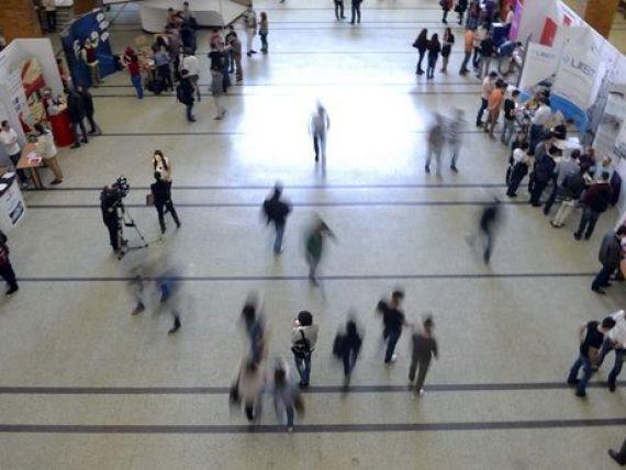 Firmele scot la concurs 18.000 joburi, cele mai multe in Bucuresti, Prahova, Cluj si Iasi. Ce specializari cauta angajatorii