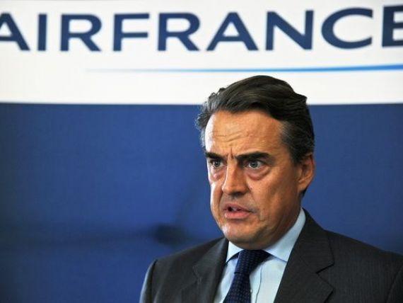 CEO-ul Air France-KLM ameninta ca va crea alta companie, daca pilotii nu semneaza un acord.  Piata low cost, singura in crestere din sectorul aviatiei