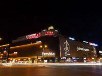 Omul de afaceri Dan Adamescu i-a vandut fiului vitreg 3,6% din centrul comercial Unirea, pentru jumatate de milion de euro