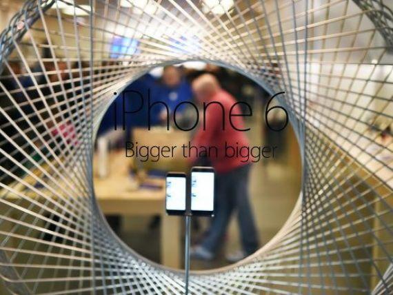 Preturile iPhone-urilor in Rusia, tot mai tentante pentru straini, cu o rubla in declin de patru luni