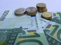 Basescu: Propun la Bruxelles o solutie ca Romania sa nu piarda fondurile UE necheltuite pana la sfarsitul lui 2015