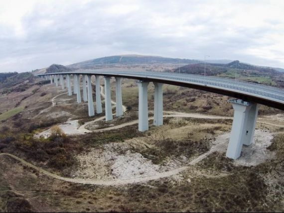 Ponta, intrebat cati km de autostrada s-au construit din supra-acciza: E o interpretare gresita