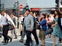 Japonia, a treia mare economie a lumii, a reintrat in recesiune. Niciun economist nu a anticipat declinul. Yenul s-a depreciat fata de dolar, la cel mai scazut nivel din 2007 pana acum