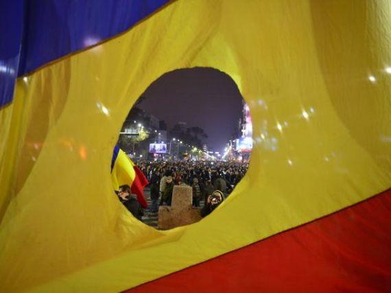 Previziuni pentru Romania, dupa alegeri: Risc de blocaj politic si tulburari civile si noi masuri de austeritate, in 2015.  Un nou acord cu FMI ar fi un mesaj puternic pentru investitori