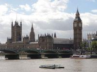 Colecteaza fier vechi la Londra si primeste indemnizatie de 1.700 lire sterline/luna. Romanul care si-a facut casa cu banii stransi din ajutoare sociale
