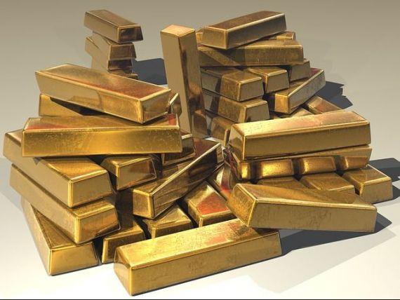 Ucraina si-a vandut aurul, pentru a face fata crizei, Rusia si-a triplat rezerva. Cum este folosit metalul pretios pentru a cuceri lumea