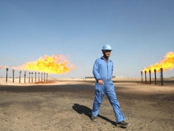 Consecintele scaderii dramatice a pretului petrolului: unele state ar putea intra in incapacitate de plata in 2015. OPEC recomanda continuarea productiei