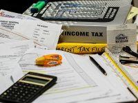 Analistii BCR estimeaza cresteri de taxe, in acest an, si privesc cu scepticism capacitatea Guvernului de a atinge tinta de deficit asumata pentru 2015