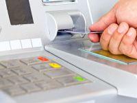 Cati bani iti iau bancile ca sa-ti administreze finantele. Topul comisioanelor la cele mai mari banci din Romania