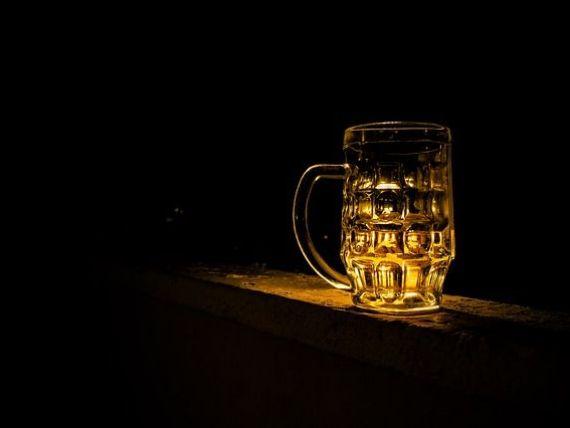 Berarii Romaniei: Cresterea cu 16% a accizei la bere a dus la scaderea cu 10% a pietei berii si la reducerea cu 9% a numarului de angajati din industrie