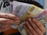 Ucraina vrea un ajutor financiar de cel putin 10 miliarde dolari pentru a evita default-ul