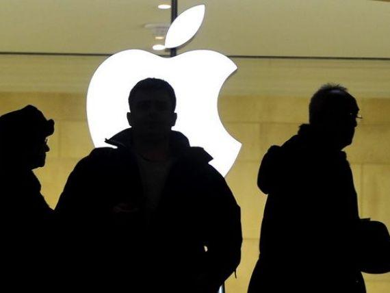 Apple a scumpit cu 35% iPhone-urile vandute in Rusia. A doua crestere a preturilor in mai putin de o luna, iar in ruble, in total, acestea echivaleaza cu o urcare cu 69%
