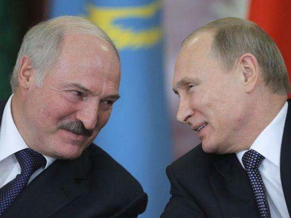 Uniunea Economica Eurasiatica a luat fiinta, oficial, la 1 ianuarie. Analistii o vad ca pe o incercare a lui Putin de a reface URSS. Rusia sustine ca va colabora cu UE