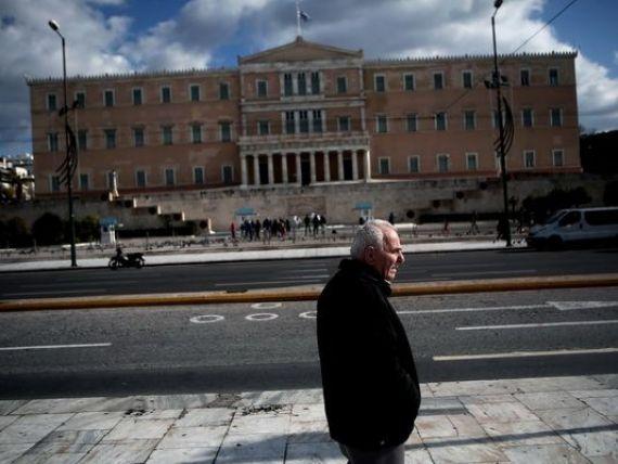 Grexit 2015. Obligatiunile Greciei, cumparate de BCE in timpul crizei datoriilor, nu pot fi restructurate. Coeure:  Este ilegal si contrar tratatelor