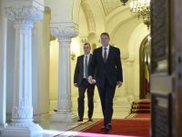 Presedintele Iohannis si partidele au semnat Acordul pe tema pragului minim de 2% din PIB pentru Aparare