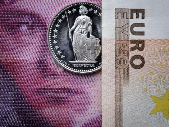 De ce a luat Elvetia o decizie care ii ingroapa economia. Guvernul de la Berna a redus la jumatate prognoza de crestere pentru 2015, in urma aprecierii masive a francului