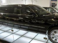Atac la conturi. Angajatul unei banci din Bucuresti, cercetat dupa ce si-a luat o limuzina din banii unui client