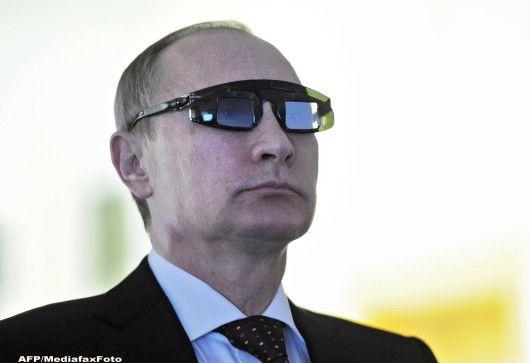 Rusia construieste pod catre Crimeea. Proiectul in valoare de 3 mld. euro, atribuit firmei unui apropiat al lui Vladimir Putin