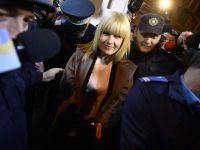 Elena Udrea, retinuta 24 de ore pentru trafic de influenta si spalare de bani. Fostul ministru ar fi primit o mita din care si-ar fi serbat ziua de nastere si ar fi plecat in excursii