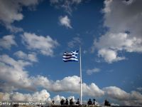 Ministrul spaniol de Finante: UE si Grecia negociaza al treilea program de salvare de pana la 50 mld. euro