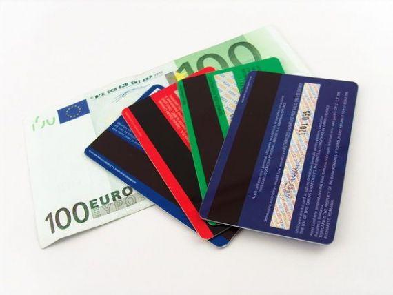 Reprezentanti carduri si ARB: Comisioanele interbancare reduse vor afecta semnificativ bancile mici