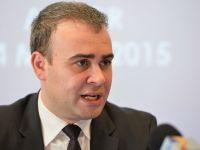 Demisia lui Darius Valcov, in vigoare dupa ce Codul fiscal ajunge la Parlament. Presa internationala: Este oficialul cu cel mai inalt rang care pleaca din cauza coruptiei