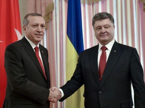 Turcia va oferi 50 mil. dolari Ucrainei pentru acoperirea deficitului bugetar. Liderii europeni cer adoptarea de urgenta a pachetului de asistenta macrofinanciara