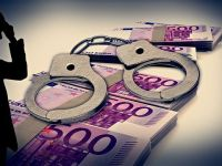 FT: Campaniile anticoruptie din Europa, inclusiv Romania, consolideaza UE in fata Rusiei. Pe fondul crizei financiare, societatea isi pierde rabdarea fata de liderii sai