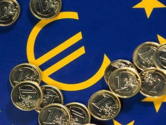 Dăncilă:  Adoptarea monedei unice va schimba decisiv societatea românească.  Când intră România în zona euro