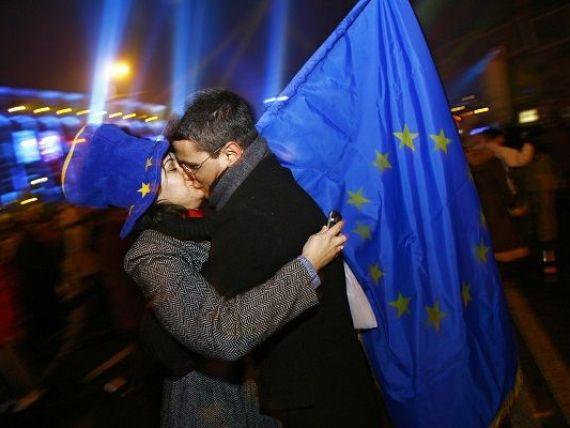 Zece ani de la cel mai important moment din istoria postdecembrista: semnarea Tratatului de aderare la UE. Cum a evoluat Romania in ultimul deceniu, intre revelatia Europei si  ratusca cea urata