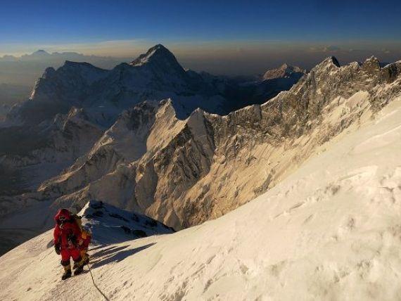 Unul dintre managerii Google a murit pe Everest, in avalansa declansata de cutremurul din Nepal. In 2014, supravietuise unei alte avalanse, in aceeasi zona