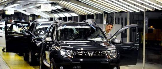 Deficitul comercial a crescut cu peste 15% în primele zece luni, până la 12 mld. euro. Aproape jumătate din exporturile României sunt mașini și echipamente auto