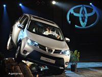 Toyota a vandut in noiembrie mai multe masini decat Volkswagen, pentru a cincea luna consecutiv