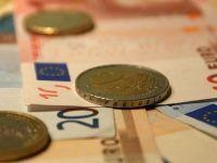 """Guvernul renunta """"definitiv"""" la impozitarea bacsisului. Teodorovici: """"Nu a fost o masura pentru a mari incasarile la buget, ci pentru a rezolva o problema punctuala"""""""