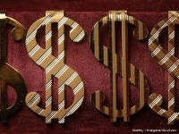 FMI reduce estimarile privind cresterea economiei SUA la 2,5%. Apelul facut catre Fed si pericolul unui dolar supraevaluat